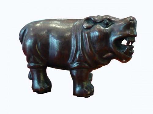 netsuke-hippo-bois