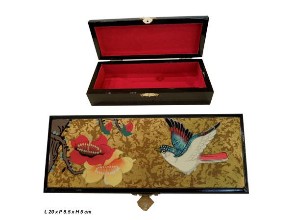 Boite à bijoux en laque, avec des motifs d'oiseau