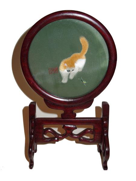 Cadre en soie : chat