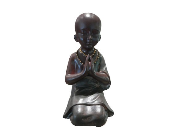 moine-meditation-en-resine
