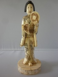 netsuke-okimono-femme10